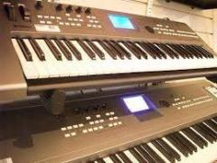 For Sale Yamaha Motif XS8 88-Key Keyboard